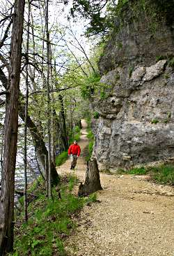 The East Lake Trail in Backbone State Park.