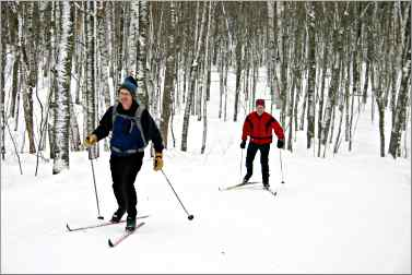 Cross-country skiers at Mount Valhalla.