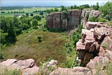 Quartzite cliffs at Blue Mounds State Park.
