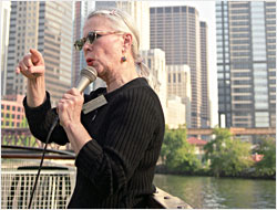 A Chicago River cruise guide.