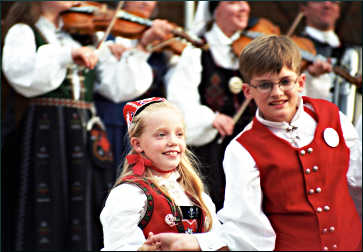 Young dancers at Nordic Fest.