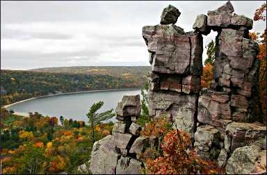 Rock formations on Devil's Lake.