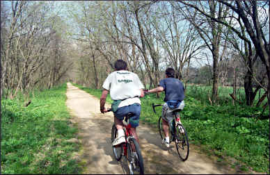Bicyclists on Dubuque's Heritage Trail.