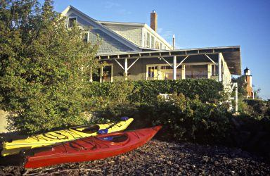 In Eagle Harbor, the Lake Breeze inn is next to the lighthou