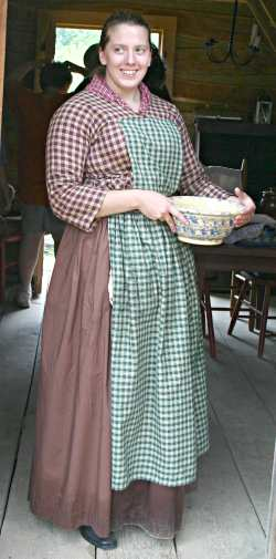 An interpreter at the Apple River Fort in Elizabeth, Ill.