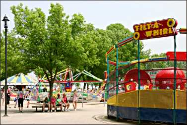 Rides at Bay Beach Amusement Park.