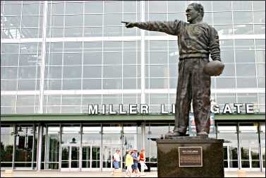 A statue of Curly Lambeau in Green Bay.