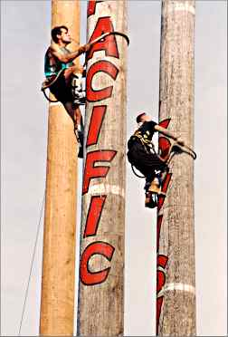 Speed climbers compete in Hayward's lumberjack championships
