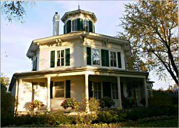 Hudson's Octagon House.