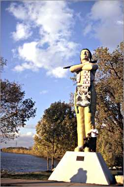 Indian statue in Riverfront Park La Crosse.