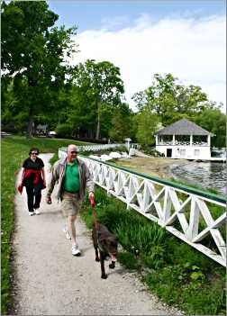 Walkers on the trail around Lake Geneva
