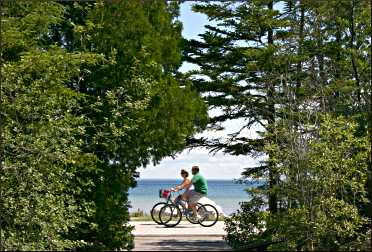 Bicyclists on Mackinac Island.