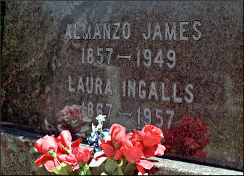 Laura and Almanzo's gravestone.