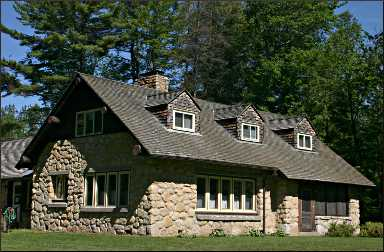 The lodge at Wells State Park.
