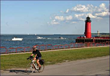 A bicyclist on the Milwaukee lakefront.