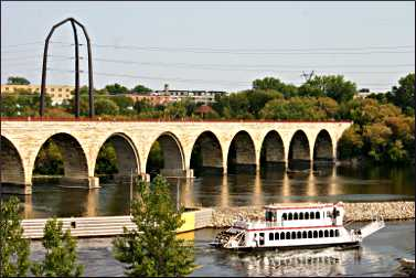 A paddlewheeler near the Stone Arch Bridge.
