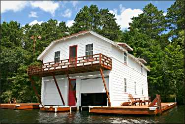 The old Heinemann boathouse.