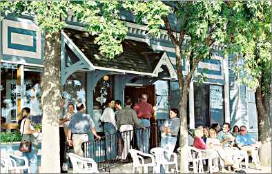 Diners wait for Pepin's Harbor View Cafe to open.