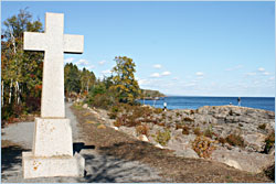 Father Baraga's cross in Schroeder.
