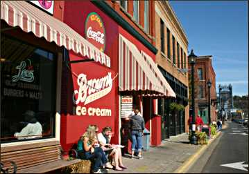 Eating ice cream in Stillwater.