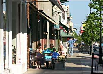 Shops in downtown Sturgeon Bay.