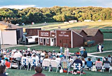 The Laura Ingalls Wilder pageant in Walnut Grove attracts th
