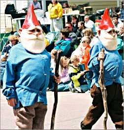 Norwegian elves in a Westby parade.